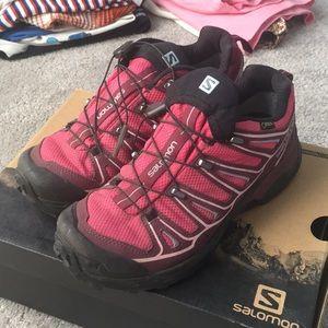 Salomon Women's X Ultra 3 Gore-Tex Hiking …